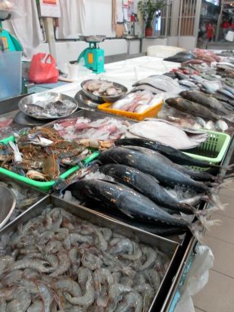 Small tuna and big prawns