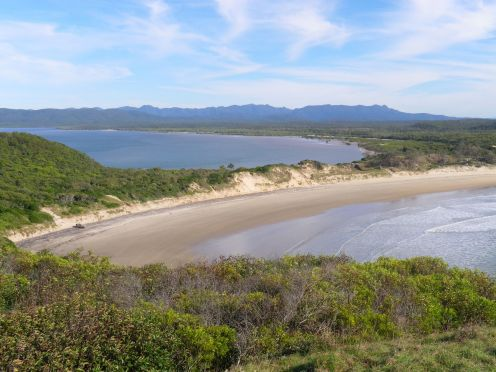 At the end of 9 mile you can choose to fish the estuary or the beach