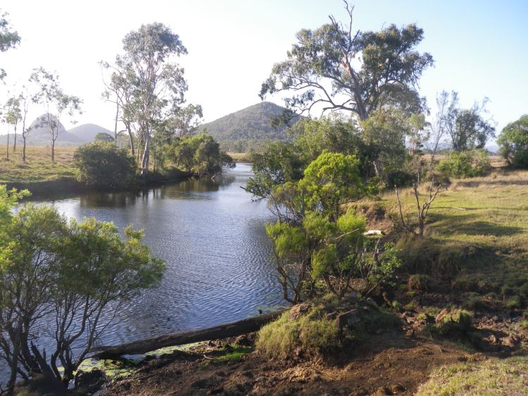 Fantastic spot to have a look for some barramundi - Hedlow Creek