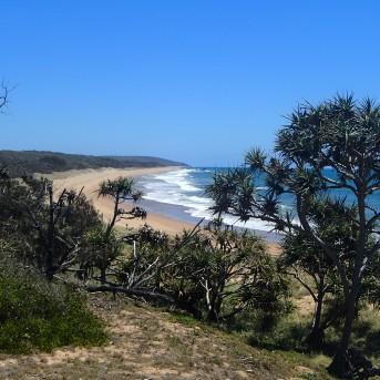 Wreck Rock beach - looking north
