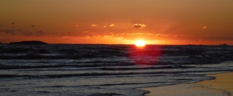 Cylinder Beach sunrise - Stradbroke Island
